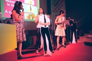 Fabienne Millat  : Commandante de bord